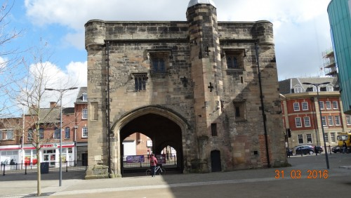The Magazine gateway would have been the entrance to the religious precinct, and was once called the Newarke gateway. It was called the Magazine gateway in reference to it's use during the English Civil War as a gunpowder and weapons store. King Richards corpse would have passed through this gateway on the way to Greyfriars where he was buried.
