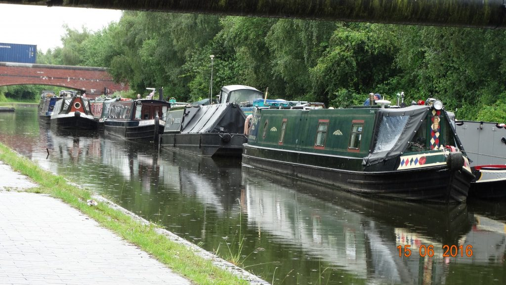 Moorcroft junction moorings