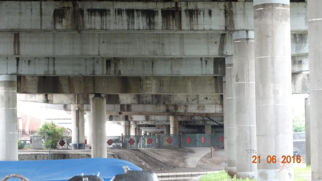 Under the M5 again!