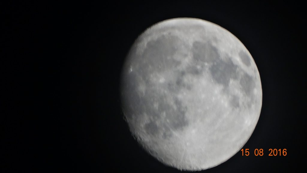 Always amazing to see the markings on the moon